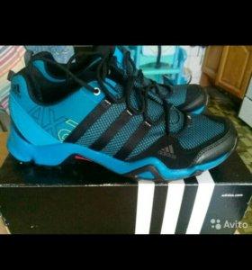 Кросовки Adidas AX2