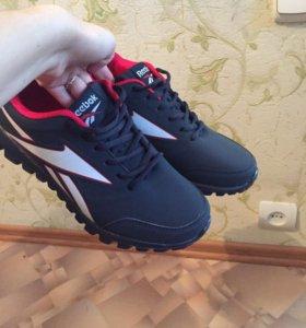 В наличие мужская обувь новая