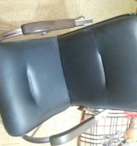 Офисный стул новый