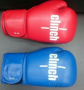 Перчатки боксёрские Clinch