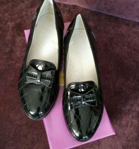 Новые туфли 35