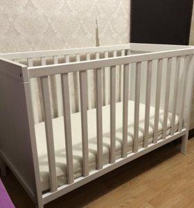 Детская кровать, с матрасом