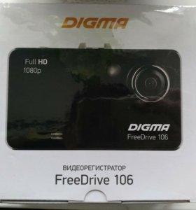 Видеорегистратор Digma (FreeDrive106)