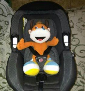Детское авто кресло migo.