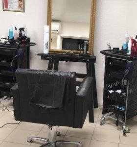 Парикмахерские услуги Стрижки Окрашивание