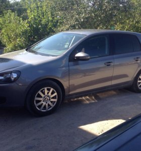 Volkswagen Golf 1.6 AT 2009
