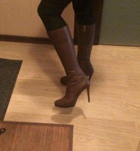 Продам кожаные сапоги, размер 37