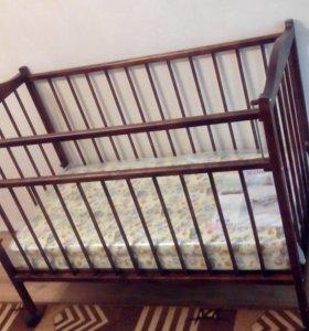 Детская кроватка. Новая