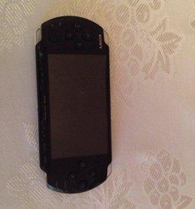 PSP, 2 диска, флешки на 4GB, 4GB, 8GB, 16GB.