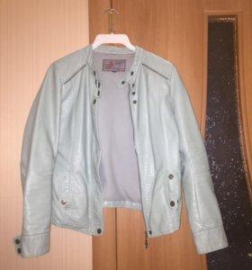 Куртка б/у р-42