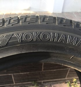 Зимняя Yokohama Ice Guard IG50 215/50 R17
