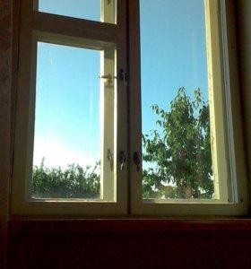 окна - двойные, деревянные.