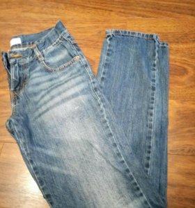 Джинсы и брюки на мальчика 152