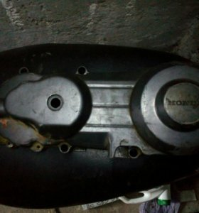 Крышка вариатора Honda lead nf-05