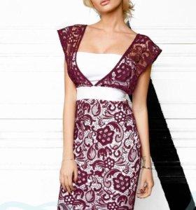 Контрастное гипюровое платье