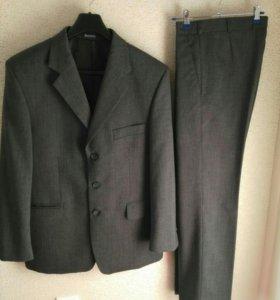 костюм мужской классический и рубашка