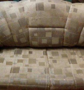 Продам.диван.состояние-отличное. Самовывоз