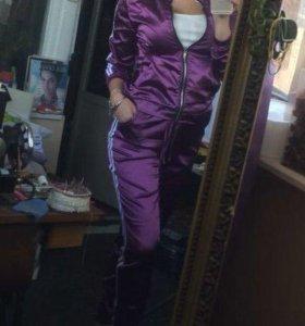 Костюм фиолетовый. Новый