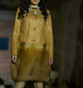 Пальто женское (новое)