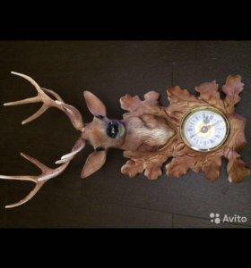 Часы голова оленя