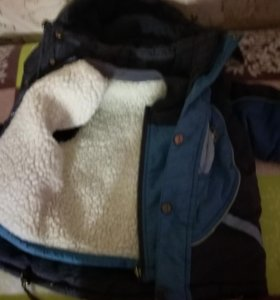 Продам зимнию куртку и жилетку