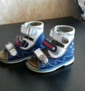 Ортопедические сандали 23 размера