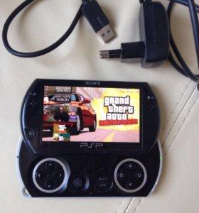 Sony PSP Go, 16 gb, 30 игр