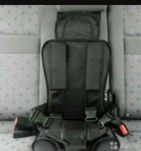 Чёрное бескаркасное детское кресло