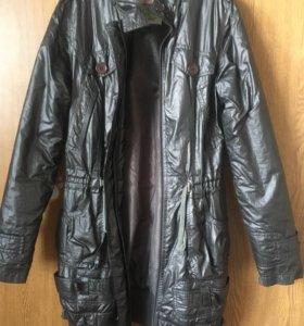 Куртка,плащ S