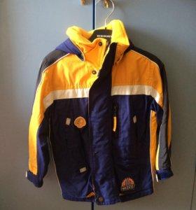 Куртка для мальчика на весну-осень