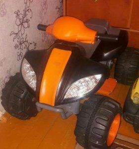 Машинка детская на аккумуляторе