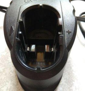 Зарядное устройство для шуруповерта Bosch