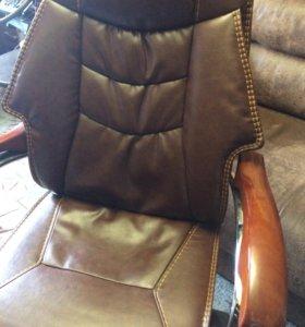 Кресло для руководителя, кожаное, офисное