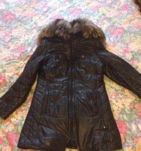 Куртка из натуральной кожи с мехом чернобурки
