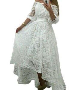 Платье кружевное новое.