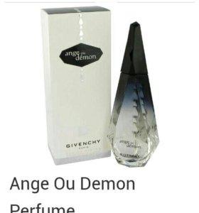 Givenchy. Eau de parfum