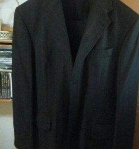 Итальянский костюм Carlo Bonatti