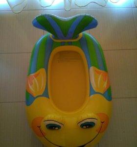 Надувная ванночка бассейн круг лодочка на море