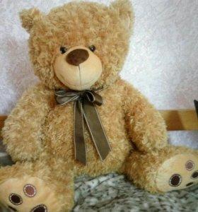 Мягкая игрушка: медвежонок