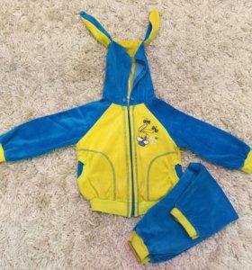 Спортивный костюмчик на девочку ( 1.8-2.5 годика)