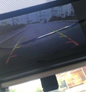 Зеркало заднего вида с камерой и монитором