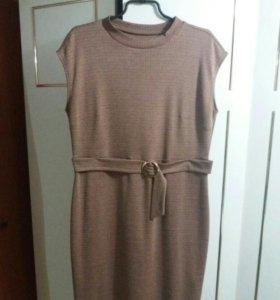 Продам платье размер 52