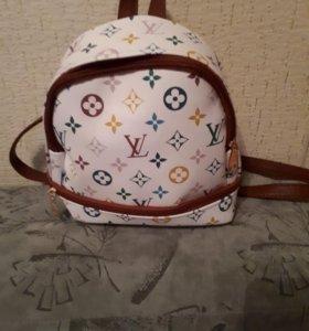 Рюкзак маленький новый