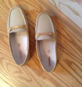Обувь женская (как новая нат.кожа)