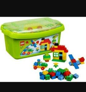 Большая коробка LEGO DUPLO