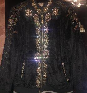 Куртка женская плюшевая.