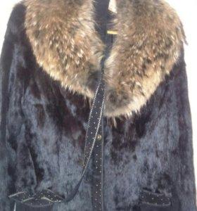 Пальто меховое новое.48-50 р