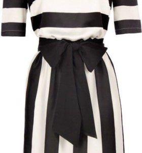 Черно-белое платье Zarina в полоску