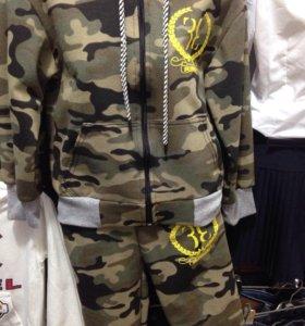 Спортивная одежда на мальчика Billionaire