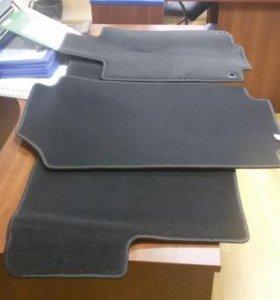 Продам коврики для автомобиля Honda CRV-3,4